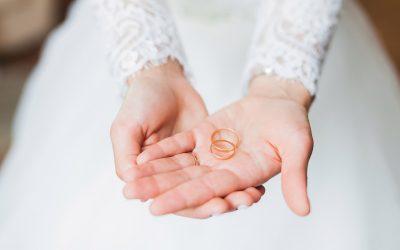 Cómo elegir alianzas de boda